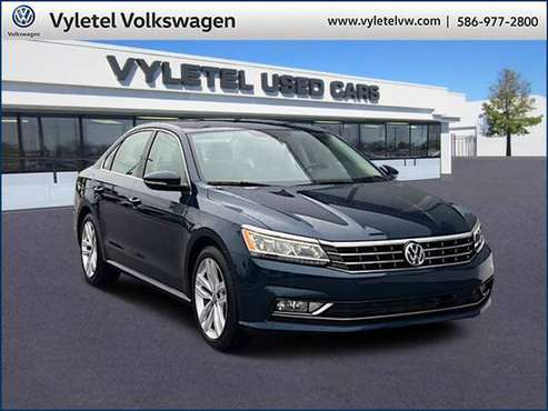2018 Volkswagen Passat sedan 2.0T SE w/Technology Auto - for sale in Sterling Heights, MI