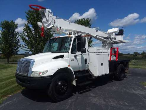 84k Miles 45' International 4300 Digger Derrick Diesel Terex Telelect for sale in Hampshire, WI