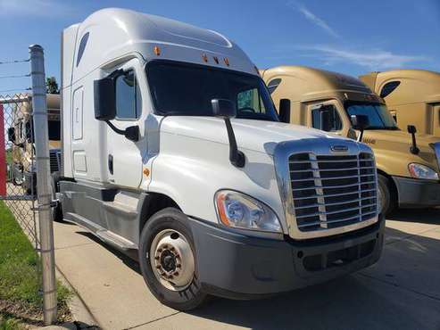 2015 Freightliner Cascadia SKU:2707G for sale in victoria, TX, TX