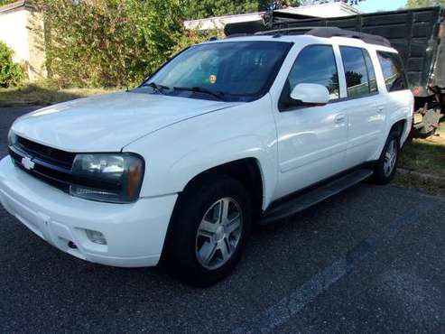 2005 Chevy Trailblazer LT 4x4 for sale in Saddle Brook, NJ