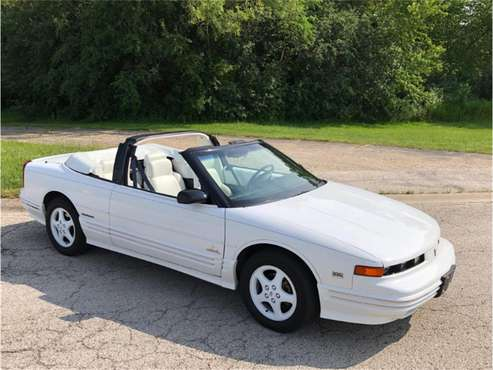 1994 Oldsmobile Cutlass for sale in Mundelein, IL