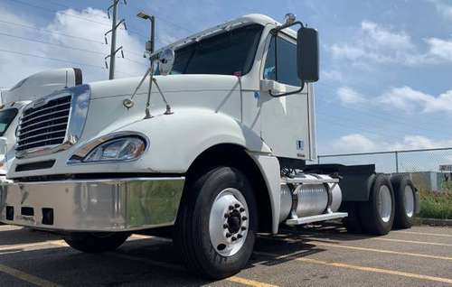 2007 Freightliner CL120 for sale in Mankato, MN