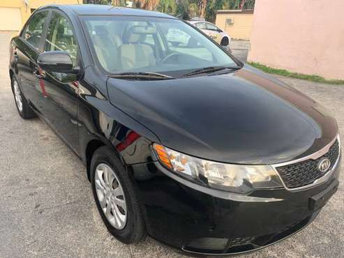 2013 KIA FORTE SEDAN $4500 for sale in Lake Worth, FL