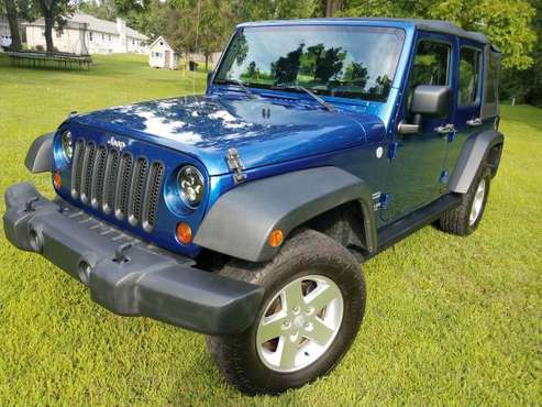 2010 Blue Jeep Wrangler 4 door Unlimited 4WD for sale in Brentwood, TN