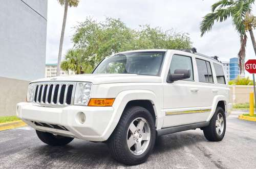 GOD BLESS WOW ITS SO NICE 2010 COMMANDER WHITE for sale in Hollywood, FL
