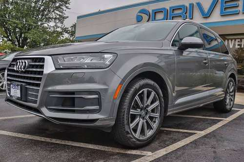 2017 *Audi* *Q7* *quattro 4dr 3.0T Premium Plus* Gra for sale in Oak Forest, IL