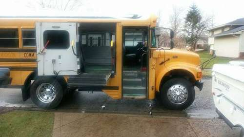 2001 Bluebird International 3800 Short Bus RV Conversion for sale in Indianapolis, IN