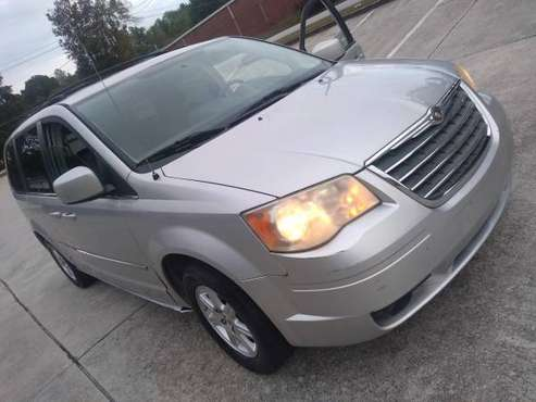 2010 Chrysler Town & country for $2500 for sale in Austell, GA