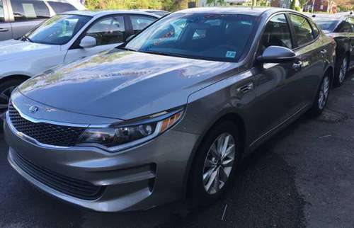 HYUNDAI & KIA models FOR SALE! - cars & trucks - by dealer - vehicle... for sale in North Haven, CT