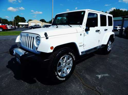 2014 JEEP WRANGLER UNLIMITED SAHARA 4X4 3.6L LEATHER NAV TOW PKG NICE! for sale in Carthage, OK