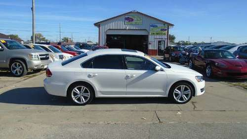 2014 vw passat tdi diesel factory warranty 82,000 miles $9900 **Call... for sale in Waterloo, IA