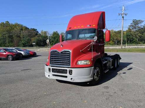 2012 MACK CXU 613 TANDEM DAY CABS LOW MILES BAD CREDIT FINANCING for sale in Wappingers Falls, SC