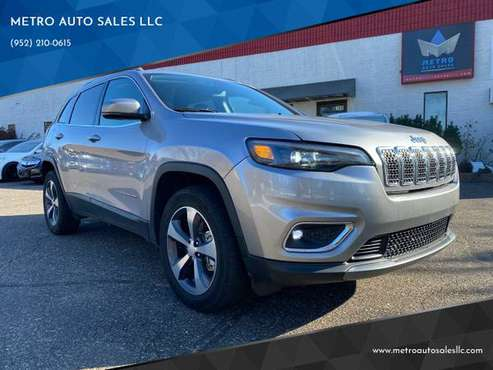 2019 Jeep Cherokee Limited 4x4 4dr SUV V6 3.2L *16,446 miles* - cars... for sale in BLAINE, MN 55449, MN