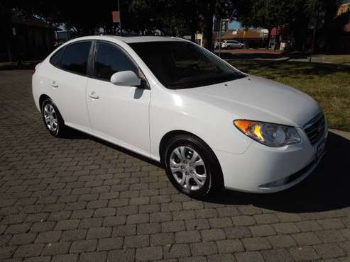 2009 HYUNDAI ELANTRA SUPER CLEAN MUST SEE for sale in Oakdale, CA