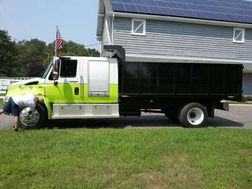 08 International 4300 (4) Door Cab and Chassie for sale in Adelphia, NJ