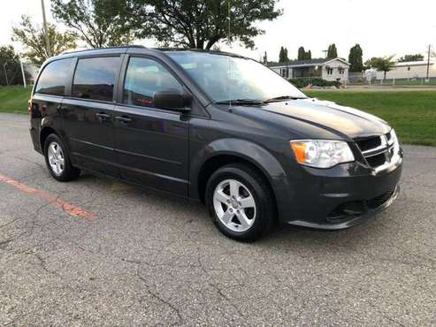 2011 Dodge Grand Caravan SXT low mileage for sale in Madison Heights, MI