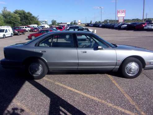 1994 OLDSMOBILE 88 ROYALE for sale in Ramsey , MN