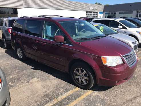 2008 CHRYSLER TOWN COUNTRY AUTOMATIC TOW A GO MILFORD for sale in Milford, OH