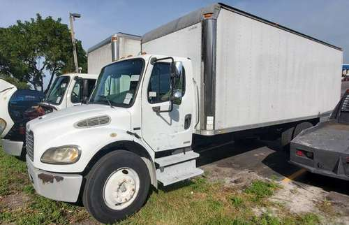 2004 24' BOX TRUCK Freightliner M2 Business Class ***LOW MILES*** for sale in Miami, FL