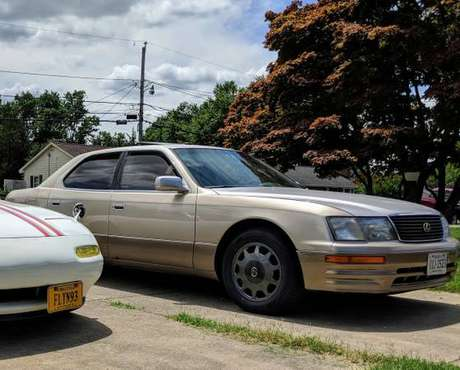 Lexus LS400 for sale for sale in Waterville, ME