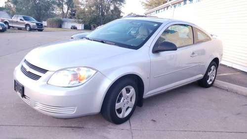 '07 Chevy Cobalt LS.. 106k miles.. 34mpg! Runs Excellent! for sale in Lorain, OH