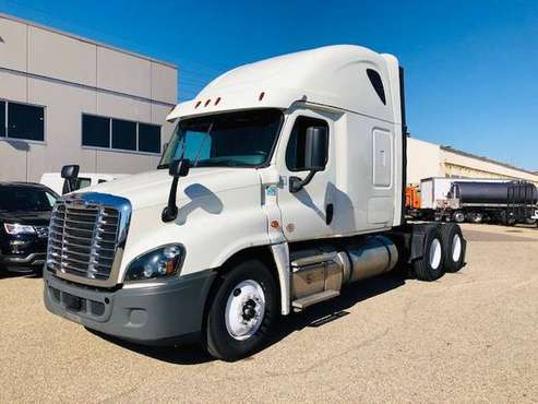 2017 Freightliner Cascadia for sale in 2500 Broadway Drive Lauderdale 55113, MN