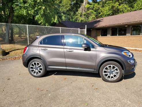2017 FIAT 500 X ALL WHEEL DRIVE for sale in Waverly, WV