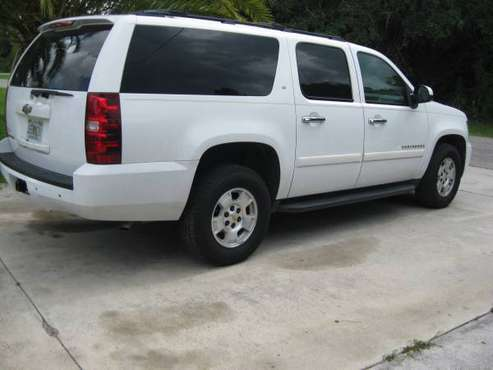 chevy suburban 2009 for sale in Lehigh Acres, FL
