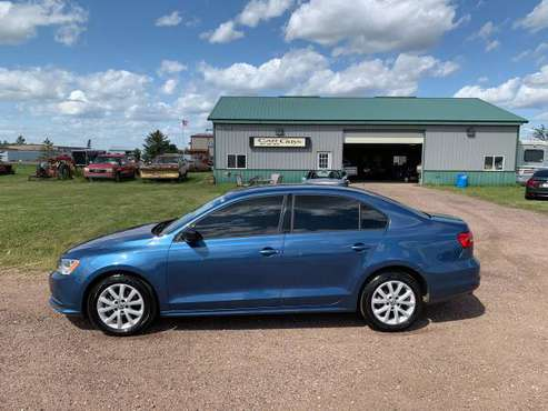 2015 Volkswagen Jetta SE**37 MPG**80,000 miles for sale in Sioux Falls, SD