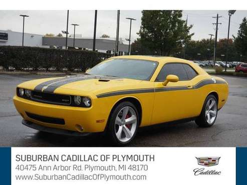 2010 Dodge Challenger coupe SRT8 - Dodge Detonator Yellow Clearcoat for sale in Plymouth, MI