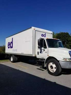 2005 International 4300 26FT Box Truck for sale in Bennington, NY