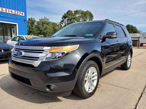 2011 Ford Explorer XLT AWD 4dr SUV - BEST CASH PRICES AROUND! for sale in Warren, MI