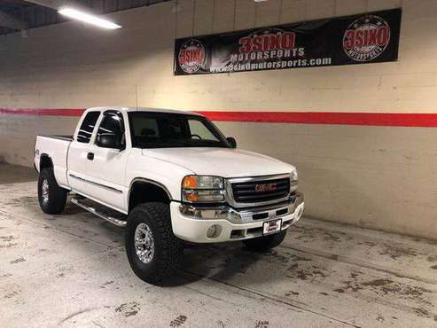 2004 GMC Sierra 1500 SLE 4dr Extended Cab 4WD SB DRIVE TODAY! for sale in Centralia, WA