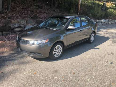!! 2010 Kia Forte Ex, Clean Carfax, 95k Miles *1 Owner* !! for sale in Clifton, PA