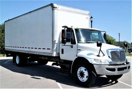 2013 International 4300 Box Truck 26' 102 X 97 Liftgate REFURBISHED for sale in Emerald Isle, IL