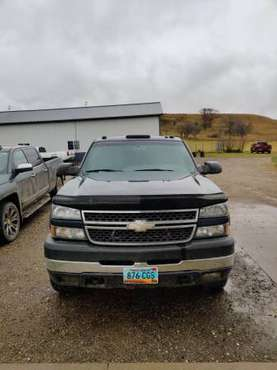 2005 Chevy 2500 Duramax for sale in Valley City, ND