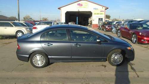 09 Honda civic hybrid ,,166000 miles,,$3950 **Call Us Today For... for sale in Waterloo, IA