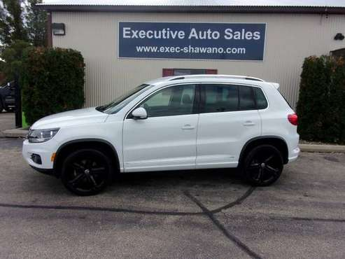 2016 Volkswagen Tiguan 4MOTION 4dr Auto R-Line for sale in Shawano, WI