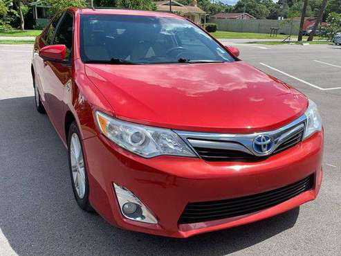 2012 Toyota Camry Hybrid XLE 4dr Sedan 100% CREDIT APPROVAL! for sale in TAMPA, FL