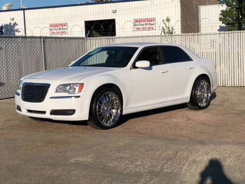 2014 CHRYSLER 300 22'' WHEELS LOW MILES * HOT DEALS * for sale in Sacramento , CA