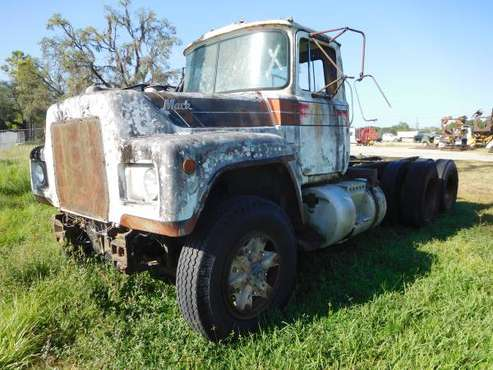 MACK R-SEIES FOR PARTS for sale in Spring Hill, FL