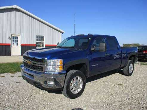 2013 Chevy Silverado Crew Cab 2500HD LT, 4X4, Remote Start for sale in Crawfordsville, IA
