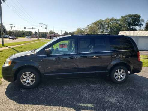 2008 Chrysler Town & Country Signature Series for sale in Delavan, WI