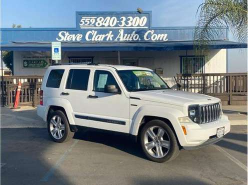2012 Jeep Liberty--->JET package--->4x4--->Leather--->Really... for sale in Fresno, CA