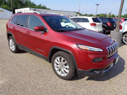 2015 JEEP CHEROKEE LIMITED 4X4 3.2L 6 cyl 39297 miles for sale in Wautoma, WI