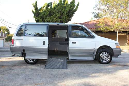 Handicap Plymouth Grand Voyager LE Wheelchair mobility van for sale in Torrance, CA