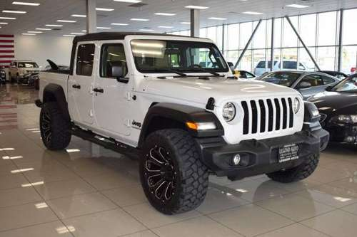 2020 Jeep Gladiator Sport 4x4 4dr Crew Cab 5.0 ft. SB **100s of... for sale in Sacramento , CA