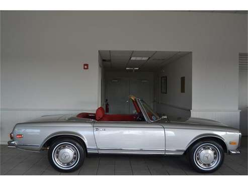 1970 Mercedes-Benz 280SL for sale in Southampton, NY