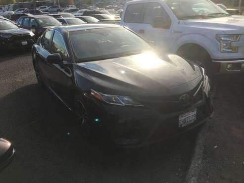 2018 Toyota Camry Certified SE Auto Sedan - cars & trucks - by... for sale in Vancouver, OR