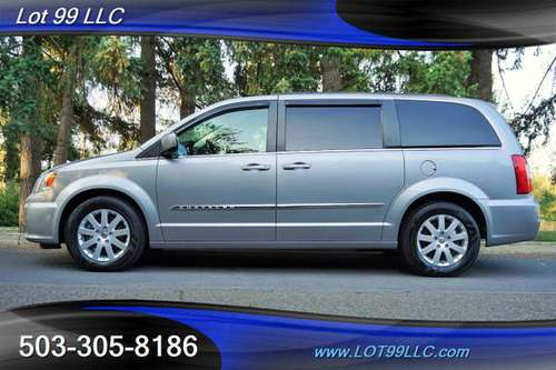 2016 Chrysler Town & Country Touring Minivan Stow-N-Go Backup Cam Powe for sale in Milwaukie, OR